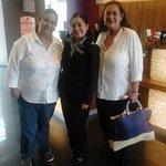 Con la señorita Iliana Garcia.