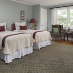 Moosehead Lake has great lake views and twins that can be made to a king bed.