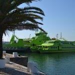 Ferry boat para chegar a Troia