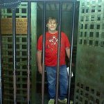 my husband in a 1800 jail from Ark.