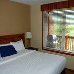 Master bedroom-- Kingsize bed