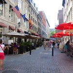 Lots of outdoor dining in summer