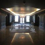 Hall du 5e étage, niveau des ascenseurs