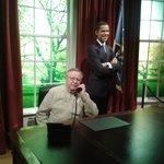 Зашёл к Обаме позвонить.