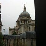La cupola di St.Paul dal tavolo