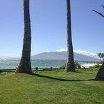 Grounds in front of villas, overlooking beach.