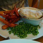 Steak and Ale pie, chips and peas!