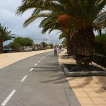 Cycle route without cars ! Paradise for beginners.