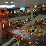 Allentour (centre commercial terminal 2 juste en face)