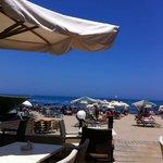 Uitzicht vanuit het restaurant richting zee