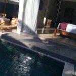 see thru bedroom with pool ;)