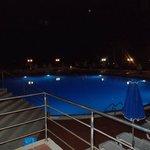 piscine en contre bas
