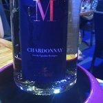 Très très bon chardonnay blanc et pas beaucoup plus cher qu'un pichet au final!