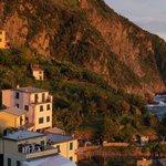 Changing light over Riomagiorre & Adriatic