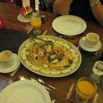 メイン(イカの麺料理)