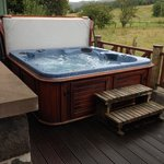 Fantastic hot tub to relax in