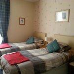 Room 2 twin en-suite