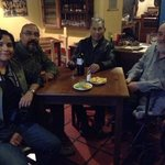Propietario Enrique con visitantes de Aguascalientes