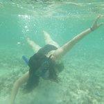snorkel en la playa del hotel