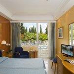 HSM Solivera- Standard room