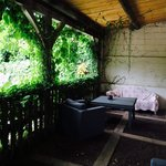 Le patio des chambres.