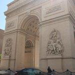 Réplica do Arco do Triunfo