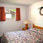 One Bedroom - Queen Bed