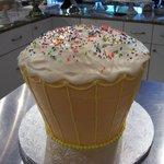 Large 3d Cupcake Cake