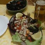 Fantasia dello chef e cozze marinate