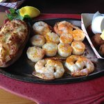 Broiled Shrimp & Scallops