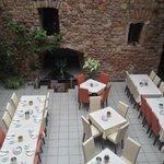 The breakfast area/restaurant