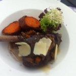 Lammkeule mit Süßkartofeln