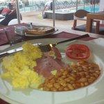 breakfast 08:00