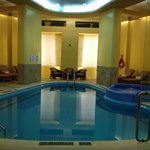 Le Meridien Pool and Jacuzzi area