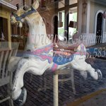 loved the carousel horse in the window :)