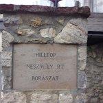 Originele ingang van de wijnmakerij