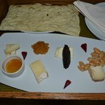 Cheese Plate w/ Accompaniments