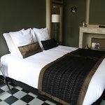 Standard Bedroom 102