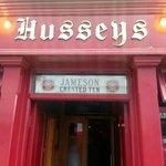 Hussey's Barの写真