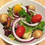 Mixed green salads with organic mushroom, Chia seeds and Alkaslising Green Pesto