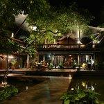 Night dining view