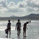 Прогулка по пляжу Фамара.