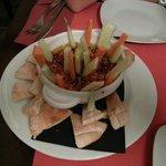 Hummus con Zanahoria, Pepino y Pita