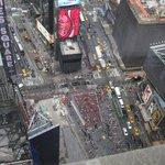 タイムズスクエアの後ろ半分
