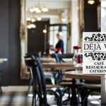 Deja Vu - A Parisian Cafe Experience
