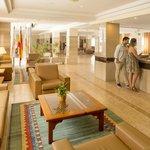 HSM Reina Del Mar- Reception