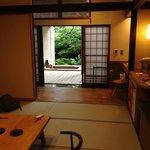 部屋と露天風呂温泉