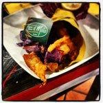 fish and chips del lago ( persico reale e patate viola )