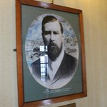 Stoker portrait in the Royal Hotel