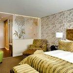 Suite Main Bedroom